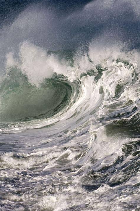 wavestormthegrease com ocean wave in a big storm pinteres