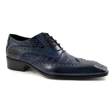 oxford shoes or brogues buy navy blue two tone oxford brogues gucinari