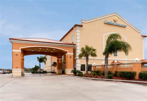 comfort inn galveston tx comfort inn suites galveston bay refineries texas city