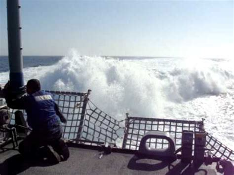 speed boat crash long beach torpedo boat t56 5000hp dieselpower nice sound hq doovi