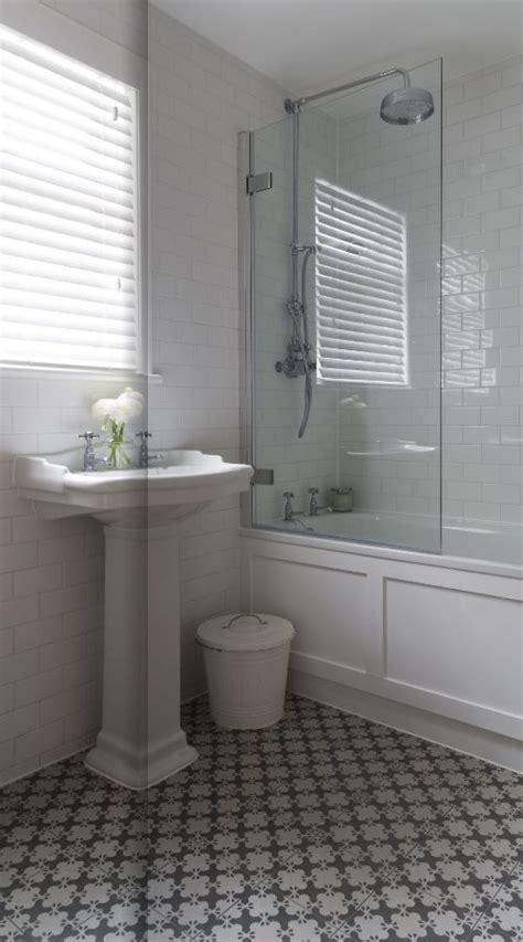 wood around bathtub 25 best ideas about tub glass door on pinterest shower tub tub shower doors and
