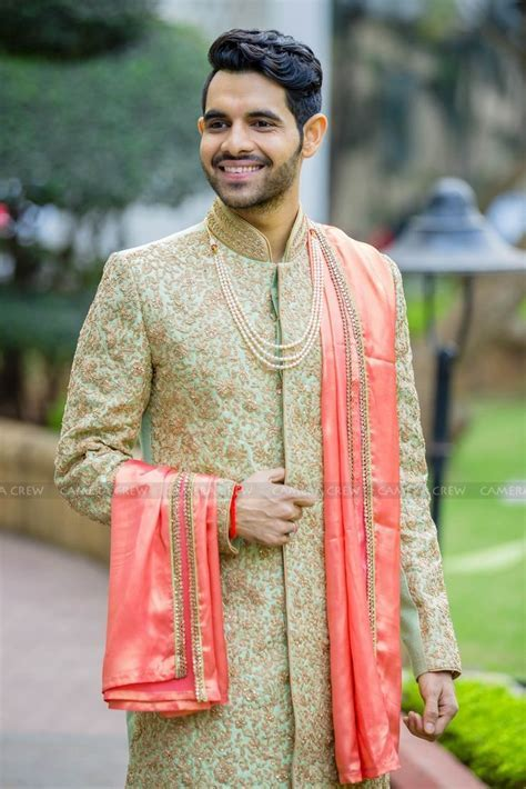 Best 25  Indian groom ideas on Pinterest   Sherwani