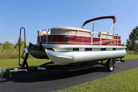 tracker boats kentucky suntracker boats for sale in kentucky