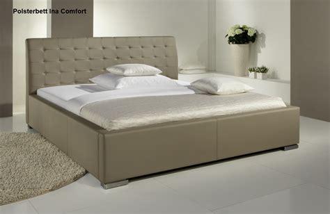 schlaf betten günstig leder bett polsterbett lederbett in farbe beige oder