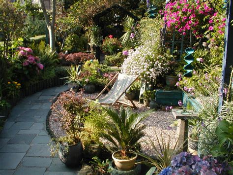 Ideas For Narrow Gardens Narrow Garden Design Narrow Garden Ideas Design Originals Garden Design Why