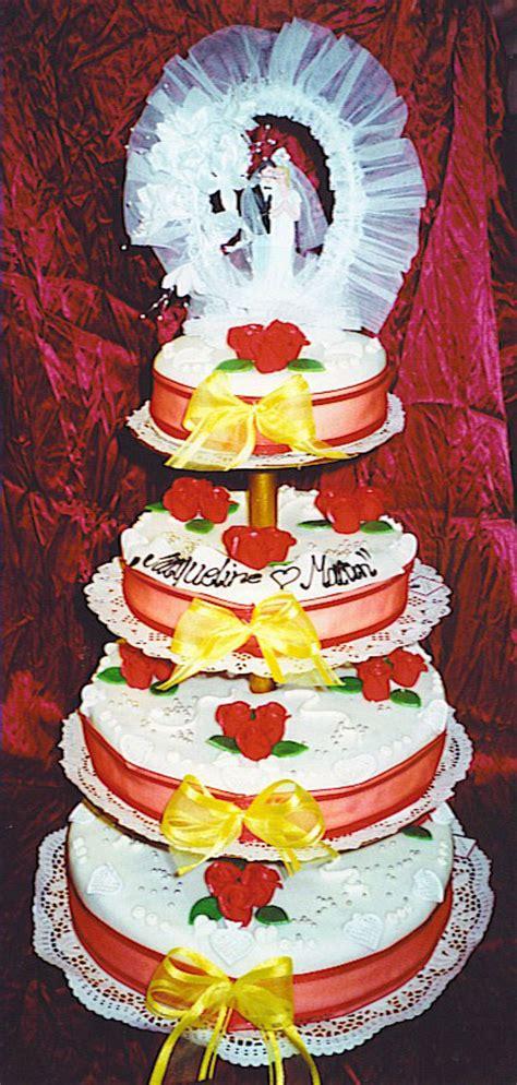 Hochzeitstorte 80 Personen Preis by Caf 233 Conditorei B 228 Ckerei Spatz Torten Fototorten