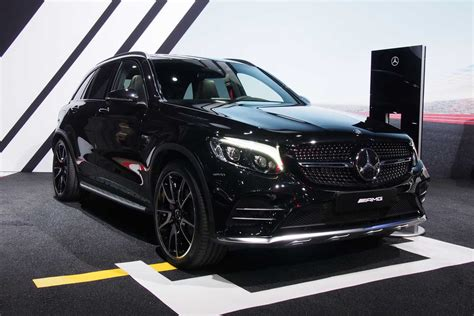 mercedes jeep 2016 red mercedes amg glc43 arrives as amg s first midsize suv