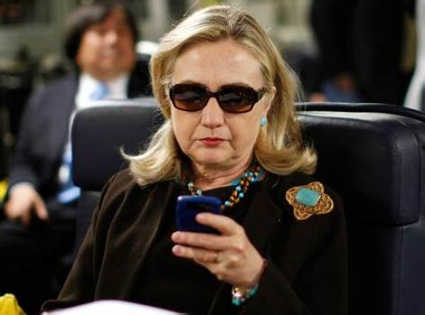 Hillary Clinton Cell Phone Meme - hillary clinton turned over 55 000 paper printouts not