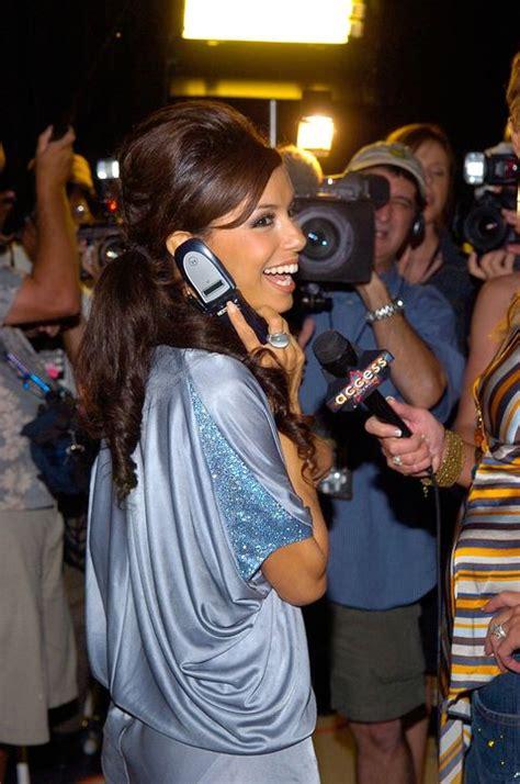 celebrities  flip phones  celebrities  flip