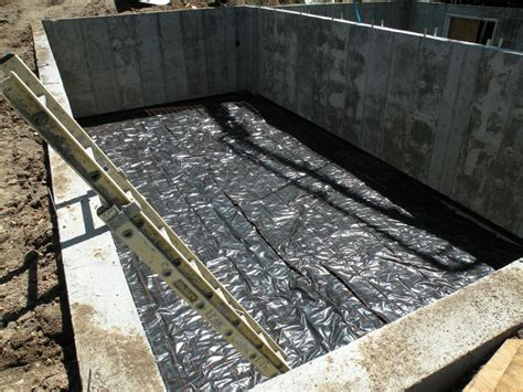 Moisture Barrier For Concrete Floor by Foundation For Home Waterproofing Perimeter Drain