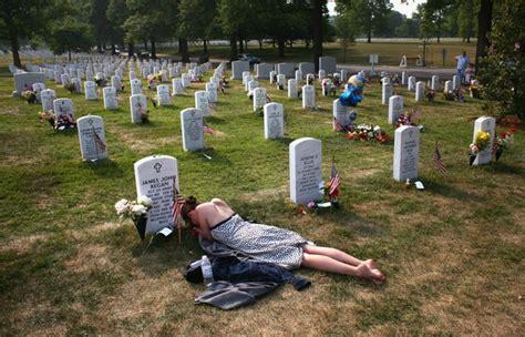 Trellis Wine Group U S Reaches 4 000 War Deaths In Iraq Zimbio