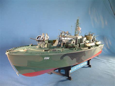 pt boat wood model pt boat 1 35 italeri plastic modeling pinterest boating