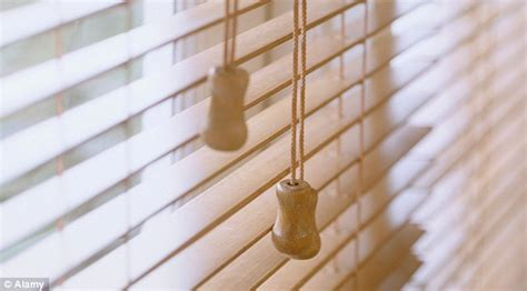 window blinds cord calls for ban on window blinds after