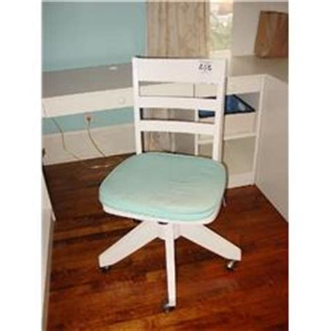Pottery Barn White Desk Chair by Pottery Barn White Swivel Rolling Desk Chair With Blue