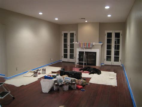 taupe paint colors bedrooms bm smokey taupe taupe benjamin moore and house colors
