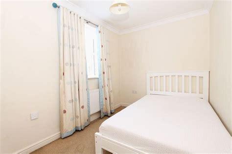 2 bedroom flat acton 2 bedroom flat to rent in amelia close acton london w3