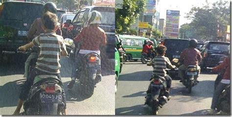 Lu Hid Motor Kecil semakin banyak anak dibawah umur mengendarai sepeda motor