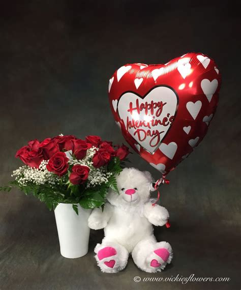 valentines flowers and balloons flowers occasions gifts vickies flowers brighton