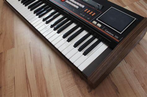 Keyboard Organ Casio vintage 80s casio casiotone ct 701 analogdigital organkeyboardsynthsynthesizer a condition for