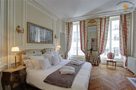 Fancy French Boudoir Bedroom ile saint louis luxury apartments with views on seine river