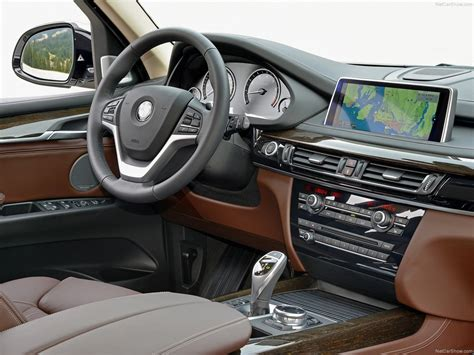 BMW X5 (2014)   picture 181 of 249   800x600