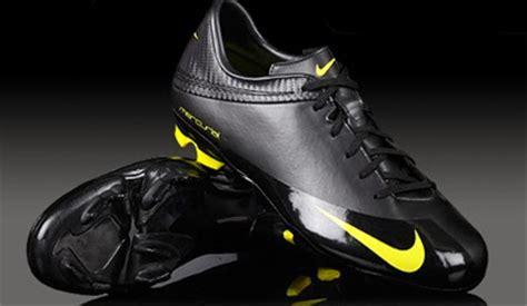 Sepatu Futsal Keren sepatu futsal original terbaru 2014 daftar harga lengkap