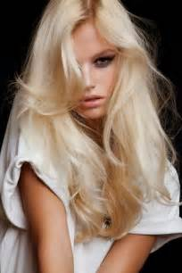 platinum hair on 13 trendy blonde hair colors for summer spring hair beauty