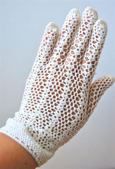 white glove pattern 17 best images about crochet knit gloves mittens wrist