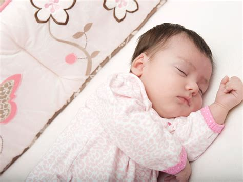 is it bad for baby to sleep in swing more than half of babies in the u s are sleeping in