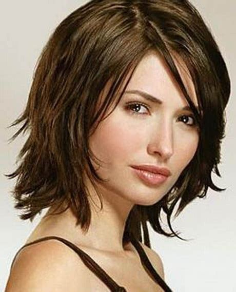 hairstyles for 40 oval hairstyles for in their 40s