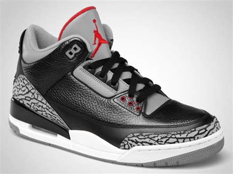 Sneakers Keychain Air 3 Black Cement air iii black cement official images air jordans release dates more