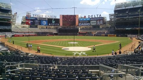 yankee stadium section 113 field level infield yankee stadium baseball seating