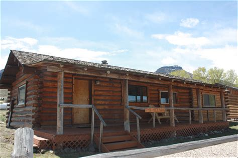 the hideaway cabin at rand creek ranch wy