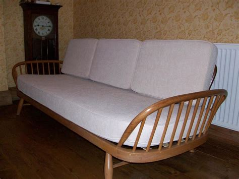 studio couch bed ercol studio couch day bed in ventnor wightbay