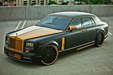 gold phantom car platinum motorsports builds black gold rolls royce
