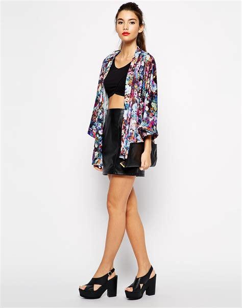 fashion trend alert kimonos