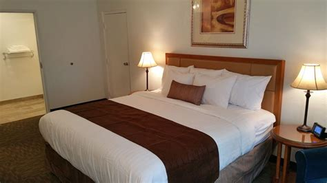 owosso room the pines country inn in owosso hotel rates reviews on orbitz