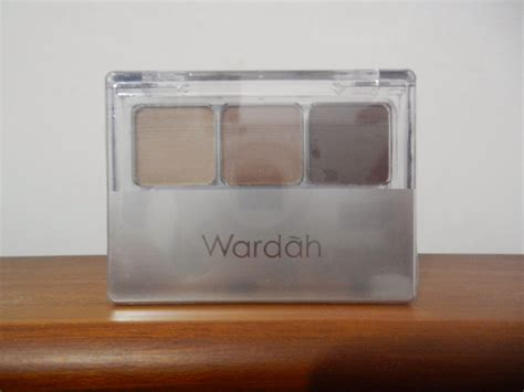 Eyeshadow Alis Wardah chalwoo korean