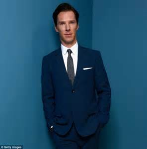 actor with thick rimmed glasses benedict cumberbatch goes incognito in thick rimmed