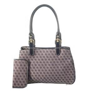 Dooney and bourke signature tote set 40145 front large 1 jpg