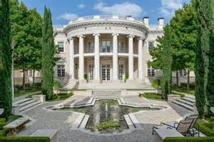 White Homes A Mansion In Dallas That Looks Like The White House Gets A
