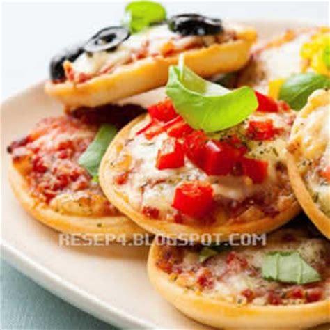 membuat pizza mini sederhana resep pizza mini sederhana resep masakan 4