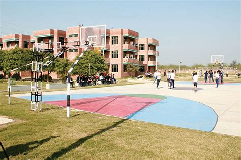 Hindustan College Agra Mba Fees by Hindustan Institute Of Technology And Management Hitm