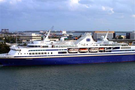 ship university new university ship for semester at sea ships monthly