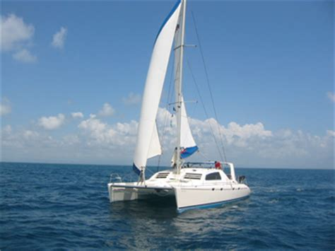 catamaran sailing blogs sailing a catamaran sailing blog by nauticed
