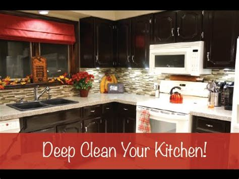 clean your kitchen deep cleaning your kitchen