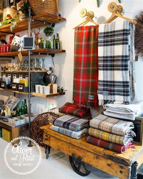 merchandise display 25 best ideas about merchandising displays on
