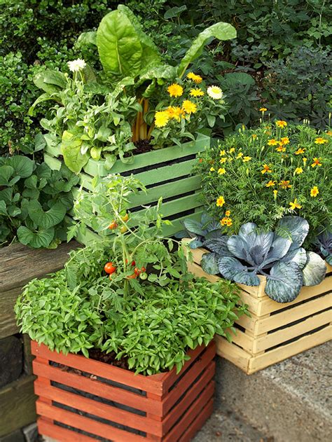 what of soil to use for container vegetable gardens 8 ways to reuse wood crates and pallets huffpost