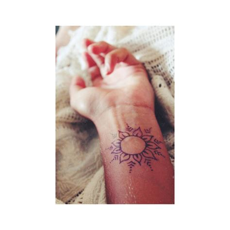 henna tattoo design for wrist on henna tattoos henna tattoos and henna