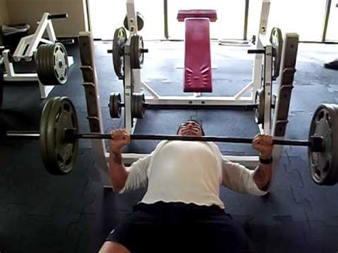 bench press 225 lbs 225 lb bench press x 20 reps jesse yodice youtube